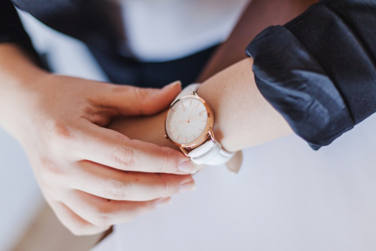 O colaborador que chega atrasado pode ser impedido de trabalhar?
