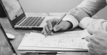 Entenda a importância de gerenciar os contratos com seus fornecedores 3