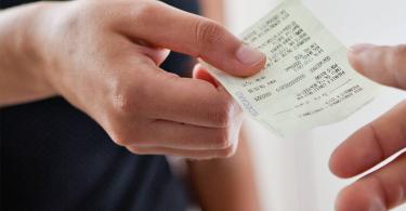 NFC-e: conheça as 7 maiores dúvidas sobre a Nota Fiscal do Consumidor 12