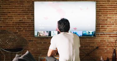 A imagem apresenta dicas de filmes para gestão de pessoas