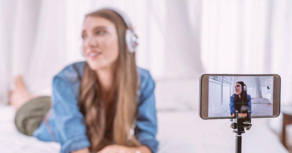 fortes-tecnologia-a-influencia-da-redes-sociais-youtuber