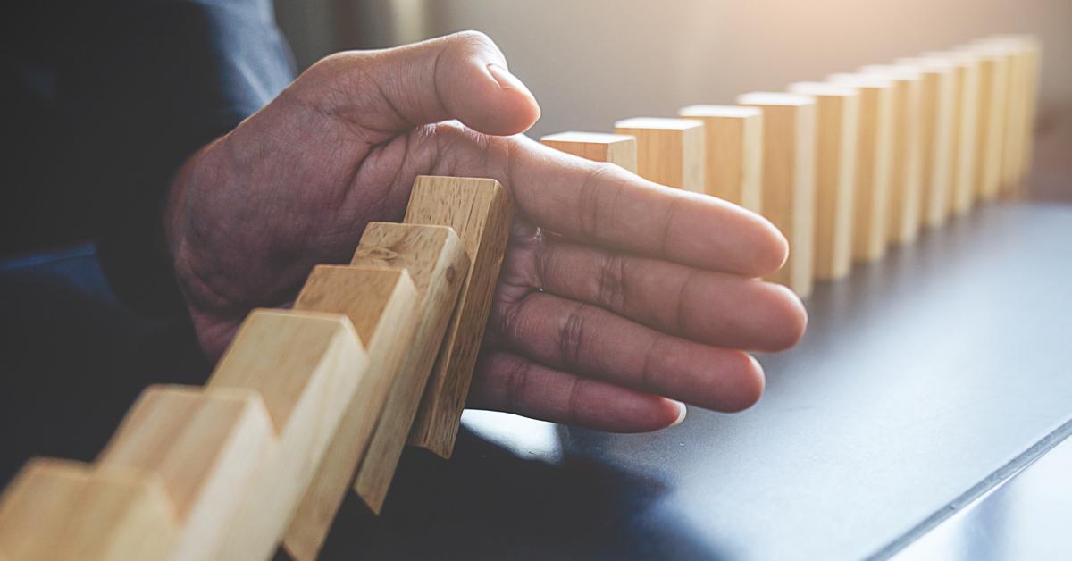 Saúde financeira na crise: o que fazer para superar as dificuldades na sua empresa